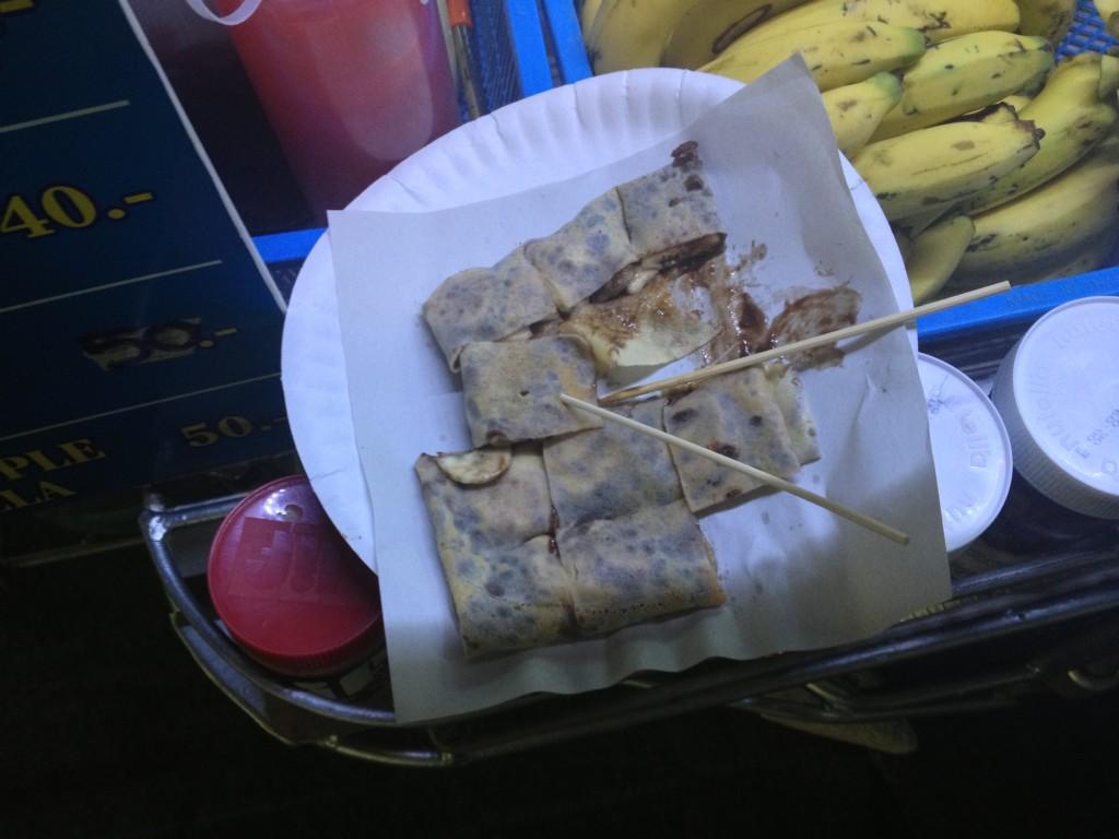 banánová palačinka s nutellou v thajsku